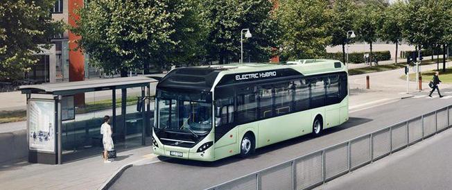 Värnamos nya stadstrafik ska köras med elhybridbussar från Volvo. Bild: Volvo Bussar.