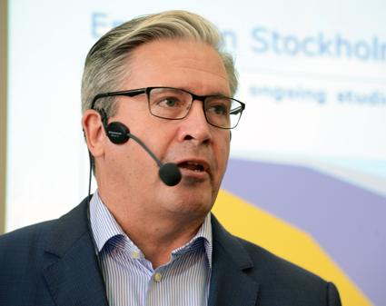 Jens Plambeck, trafikförvaltningen, Stockholms läns landsting: Energiförbrukningen är XX procent än för gasbussar. Foto: Ulo Maasing.