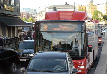 Att förbättra bussarnas framkomlighet är en viktig åtgärd för effektivare kollektivtrafik, hävdade trafiklandstingsrådet Kristoffer Tamsonms(M), Foto: Ulo Maasing.