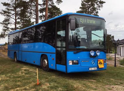 Bussen som ska ge de boende på Djurön i Östergötland bättre kollektivtrafik. Foto: Björn Hammarskjköld.