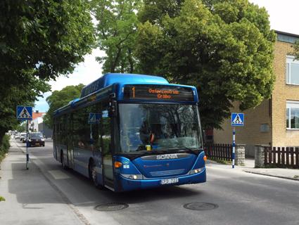 Stadsbuss i Visby. Gotland har den lägsta självfinansieringsgraden av kollektivtrafik i Sverige. Foto: Ulo Maasing.