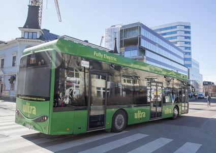 Elbussarna i Umeå har i sommar passerat 200 000-kilometersgränsen. Foto: Hybricon.