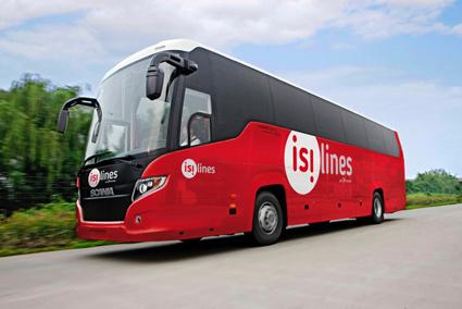 Transdevägda expressbussföretaget Isilines tar nu emot betalning i virtuell valuta. Foto: Isilines.