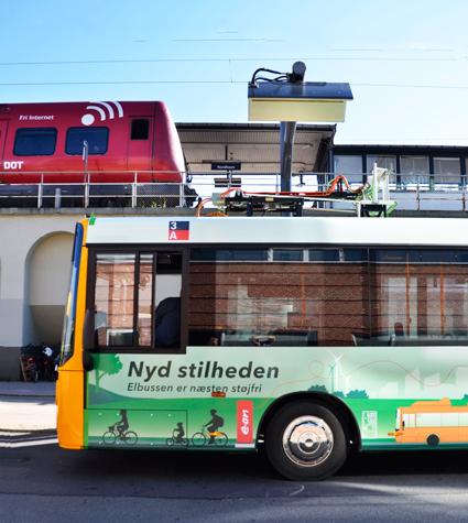 En av Köpenhamns nya elbussar på linje 3A gör sig klar för snabbladdning på ändstationen vid S-tågstationen Nordhavn. Foto: E.on.