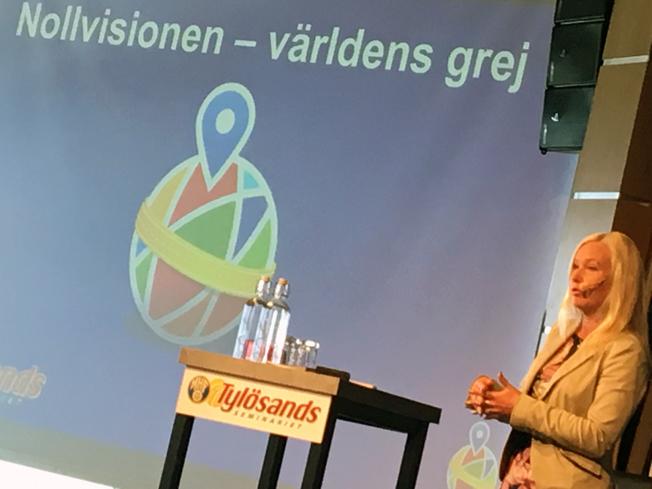 Infrastrukturminister Anna Johansson(S) öppnade Tylösandsseminariet.