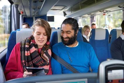 Varför väljer de bussen medan andra avstår? Fotoi: VTI.