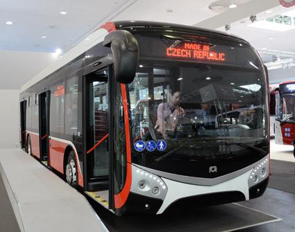 Tjeckiska SOR visar den här prototypen till en batteridriven stadsbuss. Foto:Ulo Maasing.