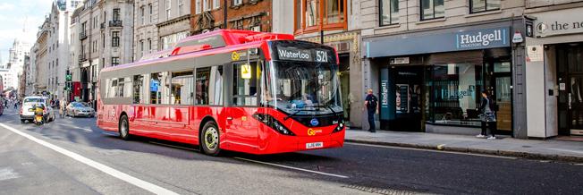 En av 51 nya batteribussar i London – med omogen teknik enligt SL. Foto: ADL.