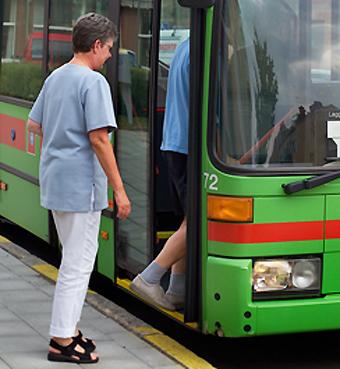 Eskilstuna vill locka landsbygdsbor att ta bussen.