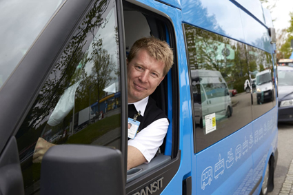 Nu blir det möjligt att köpa enkelbiljett även för den anropsstyrda kollektivtrafiken i Västra Götaland. Foto: Thomas Harrysson.