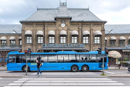 Införandet av Euro 6-normerna för utsläpp från fordon har inneburit ett trendbrott när det gäller avgaserna. Foto: Bengt Nyman/Wikimedia Commons.