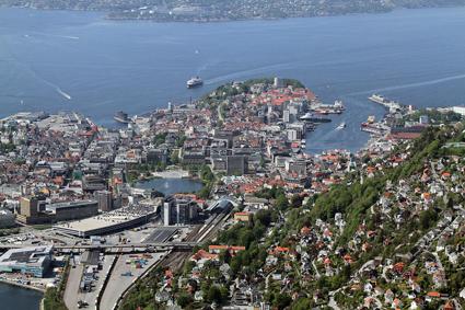 Den norska staden Bergen kan införa fria resor med kollektivtrafiken när luften är hälsofarlig. Foto: Trolvag/Wikimedia Commons.