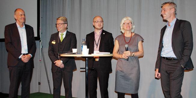 I debatten medverkade fr v Peter Norman, Svenska Taxiförbundet, Jan Boseaus, Nobina, Erik Olsson (M), Karin Svensson Smith (MP) och Crister Fritzon, SJ.