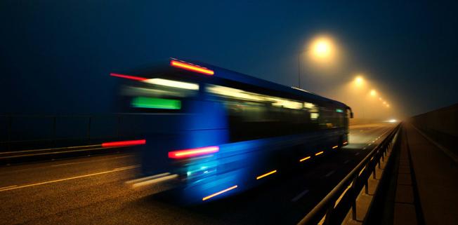 Västtrafik med partners vill att resenärerna ska synas i höstmörkret. Foto: Västtrafik.