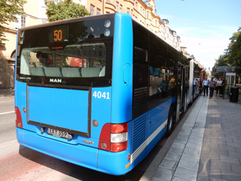Stockholms stad satsar på fria kollektivtrafikkort till ungdomar som söker jobb. Foto: Ulo Maasing.