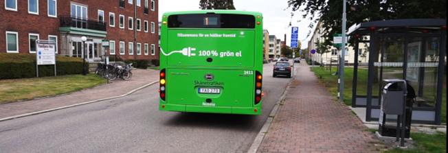 Bussresenärerna i Ängelholm blev nöjdare när fem av åtta stadsbussar blev eldrivna. Foto: Nobina.