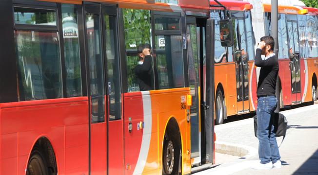 Bilister som har fått prova på att åka buss eller tåg blir mer positiva till kollektivtrafiken och i synnerhet bussen. Foto: Ulo Maasing.