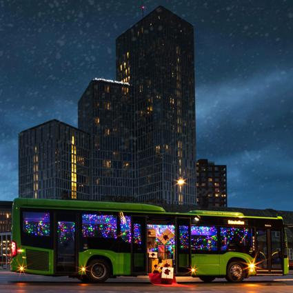 Ett av Malmös Clarionhotell, Skånetrafiken och Nobina ordnar klappjakt på stadsbussar. Bild: Clarion Hotel Malmö Live.