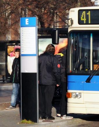 Västerås Lokaltrafik ska testa solceller på busshållplatser. Foto: Ulo Maasing.