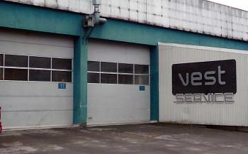 Tolv tidigare medarbetare hos Vest Buss har startat Vest Service AS.