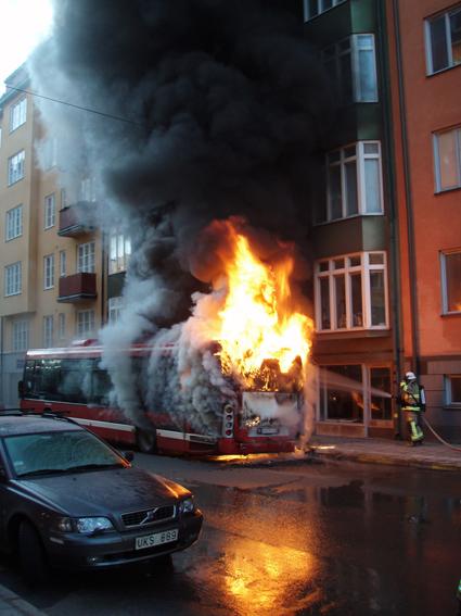 Bussbrand i Stockholm häromåret. Foto: Niklas Nordenskär, Storstockholms Brandförsvar.