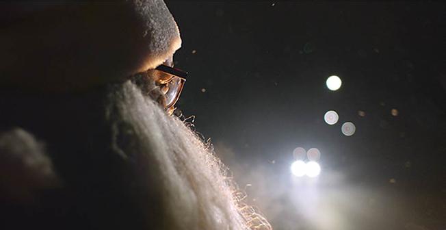 Volvo satsar på stillhet i sin julfilm. Bild: Volvo Bussar.