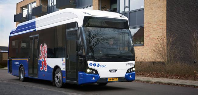 Världspremiär. Arriva har satt de första eldrivna 9,9-metersbussarna från VDL i trafik i den holländska staden Venlo. Foto: VDL.