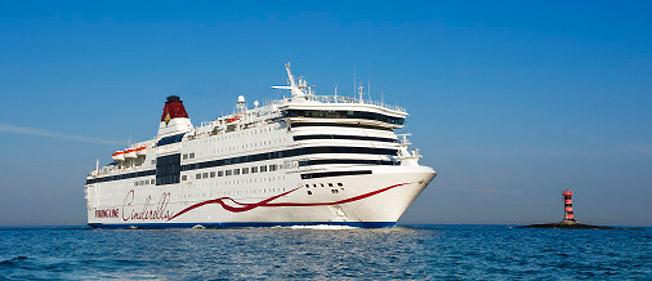 Viking Lines Cinderella är tillbaka på Östersjön. Foto: Viking Line.
