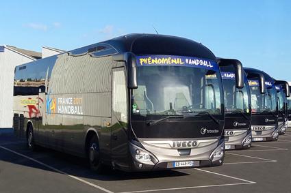 44 Iveco Magelys turistbussar används av Transdev för transporterna under handbolls-VM i Frankrike. Foto: Transdev.