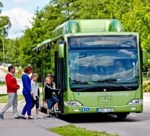 Biogasbuss i Växjö –håller stadsbor vakna. Foto: Mats Samuelsson.
