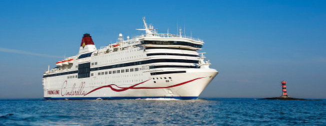 Specialkryssningarna ökade men totalt minskade resandet med Viking Line något under 2016. Foto: Viking Line.