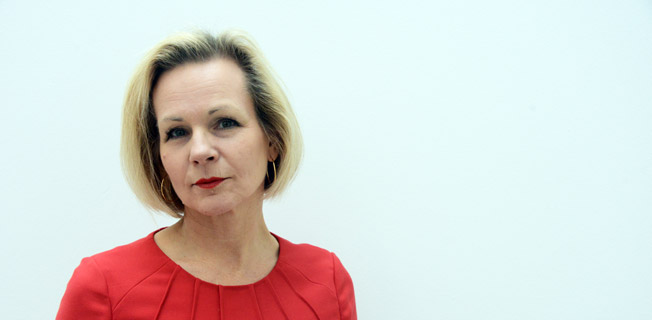 Utvecklingen mot en fossilfri kollektivtrafik riskerar att brytas, varnar Sveriges Bussföretags vice vd Anna Grönlund. Foto: Ulo Maasing.