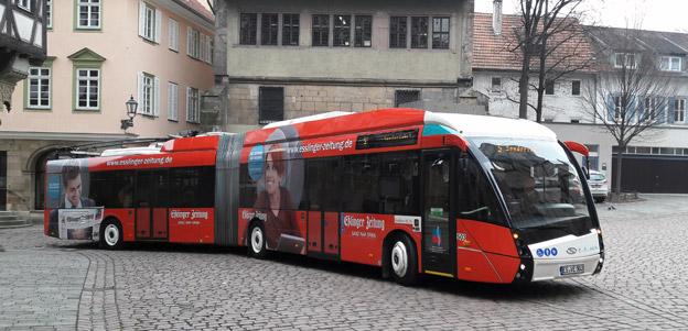 Vossloh Kiepe och Solaris har levererat fyra batteritrådbussar med ny snabbladdningsteknik till den tyska staden Esslingen. Foto: Vossloh Kiepe.