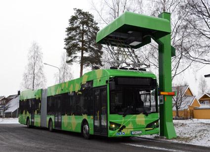 Hybricons elbussar har nu kört 400 000 kilometer i linjetrafik i Umeå. Foto: Ulo Maasing.