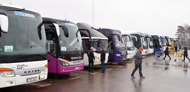 Drygt 11 000 personer åktre gratisbuss till Ullared i helgen. Foto: Rolfs Flyg & Buss.