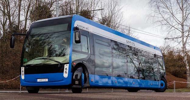 Alstom och NTL presenterade på torsdagen en helt ny, unik elbuss som redan i år ska testas i trafik i Paris. Foto: Alstom.