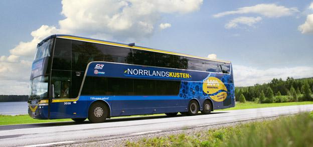 Nu är det billigare för seniorer att resa långt i Norrland. Foto: Länstrafiken i Västerbotten.