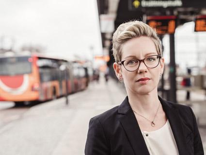 Sofia Malander, stolt vd för Östgötatrafiken. Foto: Satu Knape.