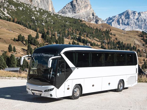 Den senaste versionen av Neoplan Tourliner premiärvisdaes på IAA-mässan i Hannover förra året. Foto: MAN.