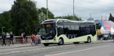 Elbnuss på linje 55 i Göteborg. Bussen betalar omkring 20 000 kronor i elskatt om året,medan en spårvagn som kör på spåren intill är befriad från elskatt. Foto: Ulo Maasing.