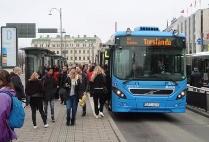 Reklamföretaget JCDecaux har vunnit Västtrafiks stora upphandling av reklam, bland annat på busshållplatser.  Foto: Ulo Maasing.