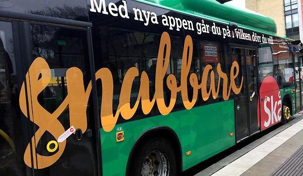 Nu kan man stiga på bussen genom valfri dörr i Lund. Foto: Magnus Lindhe/Skånetrafiken.