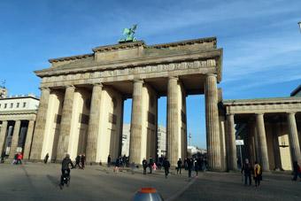 Berlins Brandenburger Tor. Tyskland är den populäraste utlandsdestinationen för bussresenärer från Sverige. Foto: Ulo Maasing.