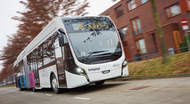 VDL har fått en jätteorder på bland annat 100 batteridrivna ledbussar till Connexxion i Holland. Företaget får därmed Europas största elbussflotta. Foto: VDL.