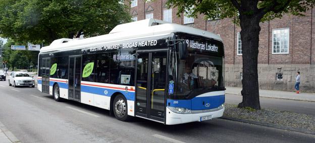 Elbuss i Västerås. Regeringen ändrar elbusspremien och bantar den något. Foto: Ulo Maasing.
