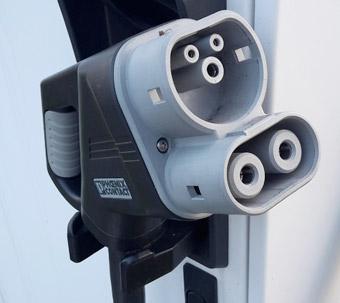 För depåladdning rekommenderas CCS Combo 2. Foto: Wikimedi Commons.