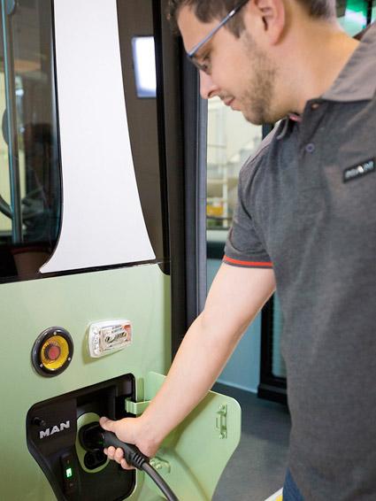MANochb ett bussföretag i Luxemburg utvecklar depåladdade batteribussar. Foto: MAN.