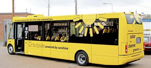 En av de solenergidrivna bussarna i Brighton. Foto: Stuart Jones.