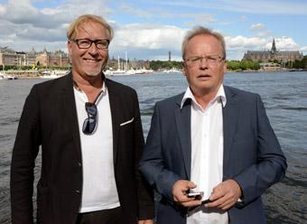Roger Mathiason, Interbus och Göran Forssén, sekreterare i bussbranschföreningen lotsade deltagarna på rundturen. Foto: Ulo Maasing.