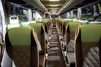 Stolarna är samma som i nuvarande Tourismo och finns i en rad versioner frön något enklare…